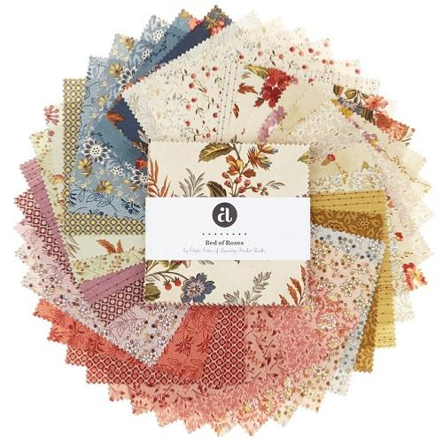 Lot de 40 Coupons de Tissus Bed Of Roses - Charm Pack Edyta Sitar