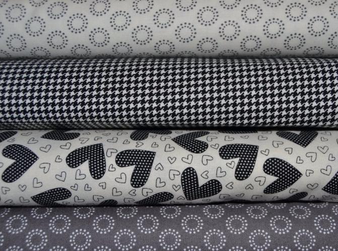 Tissu moda patchwork lot de 4 coupons noir et blanc first crush - Lot tissus patchwork pas cher ...